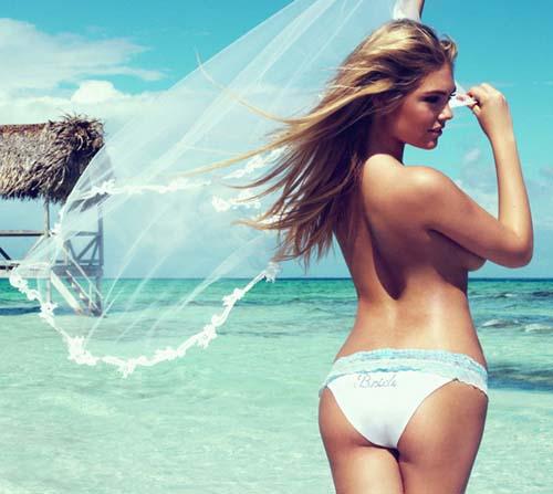 Kate-Upton-bikini-3