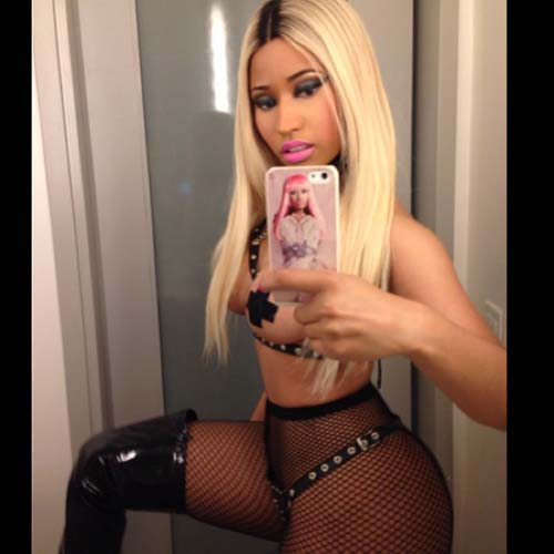 Nicki-Minaj-halloween-4