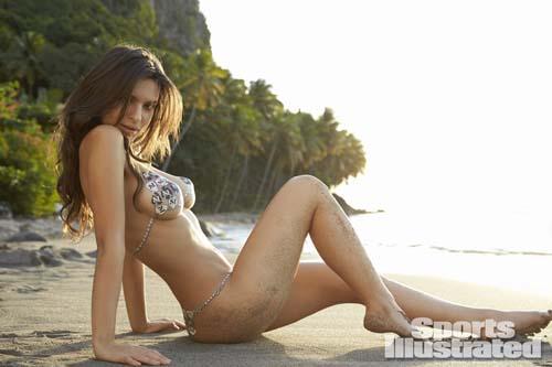 Emily-Ratajkowski-si-bikini-1