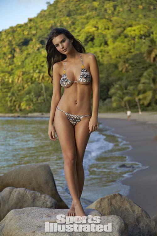 Emily-Ratajkowski-si-bikini-5