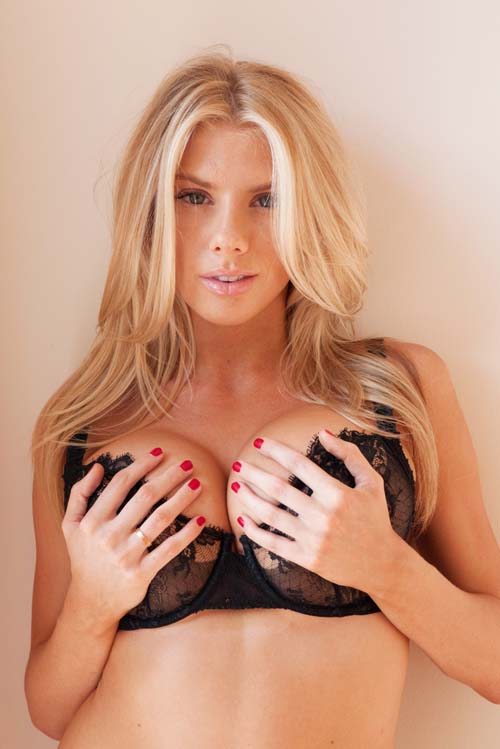 charlotte-mckinney-terry-richardson-4