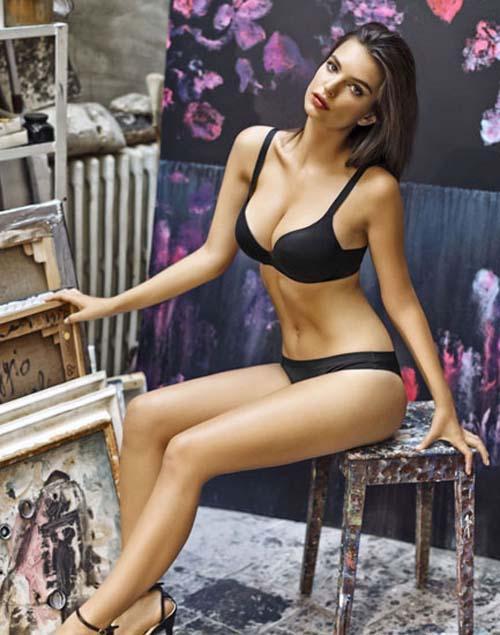 Emily-Ratajkowski -Yamamay-Lingerie-2014-01