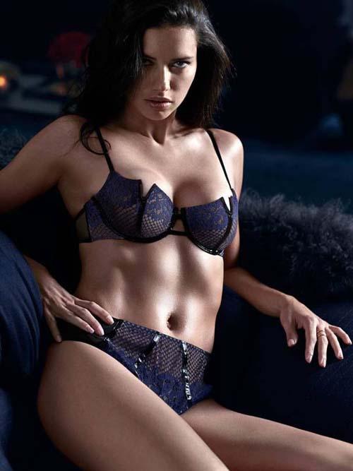 Adriana-Lima-Bikini-04