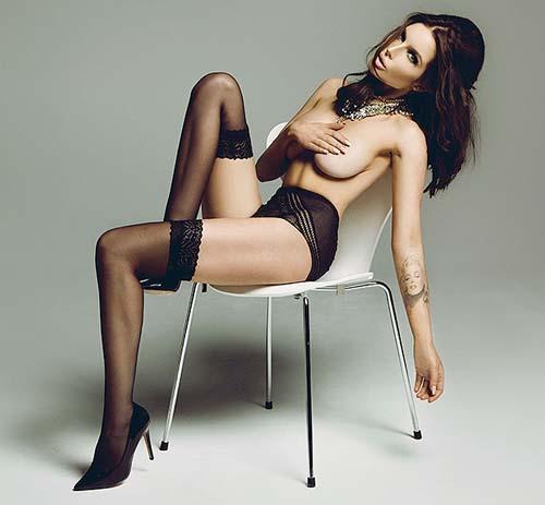 Helen-Flanagan-topless-02