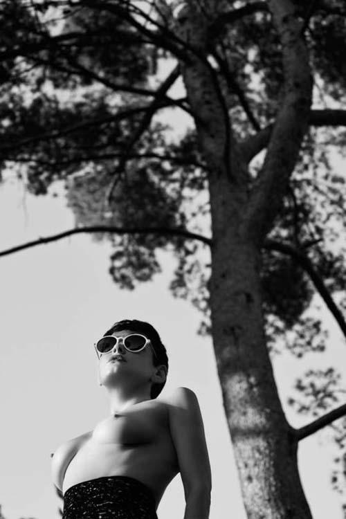Rose-McGowan-Nude-Flaunt-4