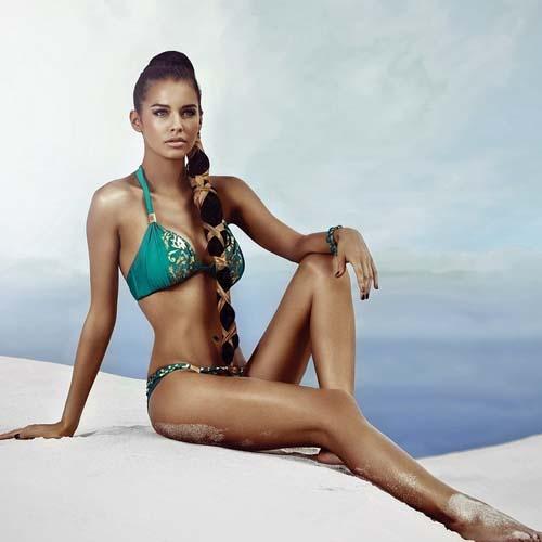 iris-kavka-bikini-01