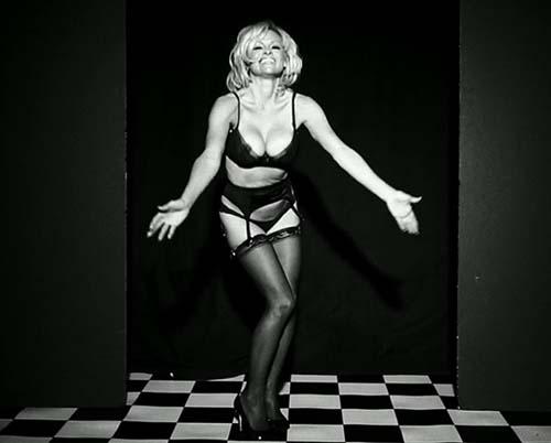 Pamela-Anderson-Love-Magazine-04