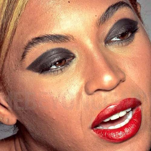 beyonce-untouched-loreal-4