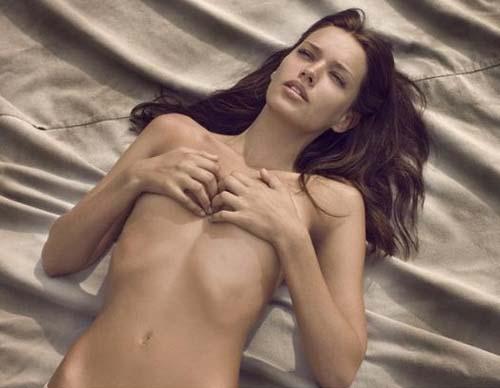 Michea-Crawford-nude-005