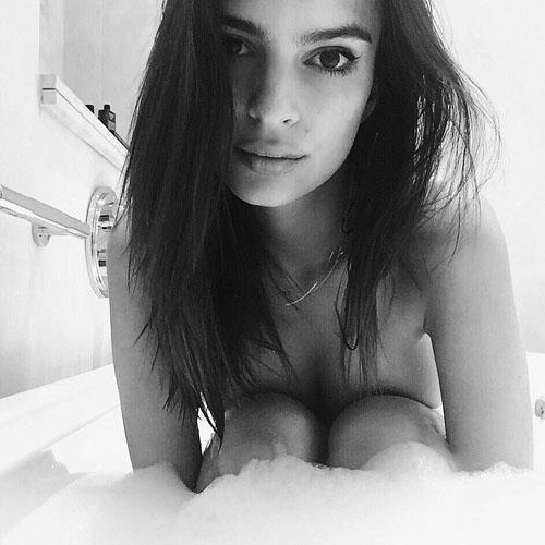 Emily Ratajkowski Nude Bathtub