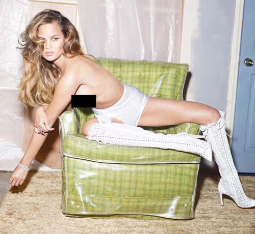 Chrissy-Teigen-Topless-w-magazine