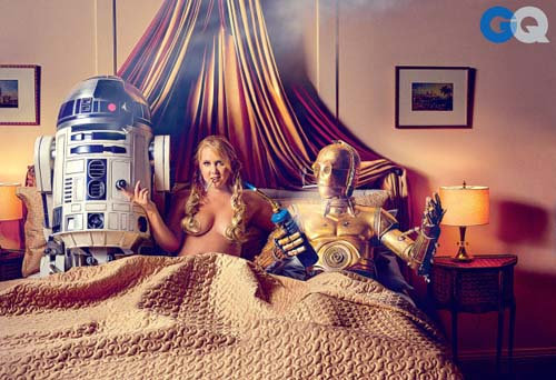 amy-schumer-gq-r2d2-c3po-threesome