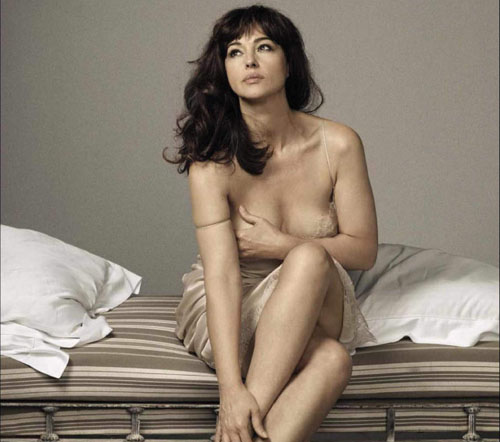 monica-bellucci-topless-gq-italia-august-2015