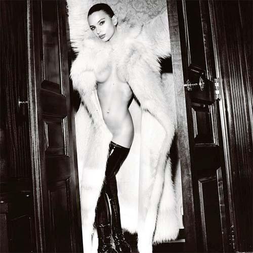 Emily Ratajkowski Nude GQ