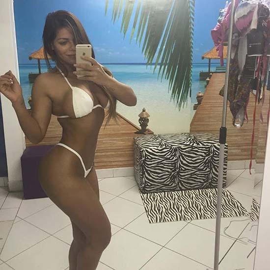 suzy-cortez-miss-bumbum-brazil-2015-pics-004