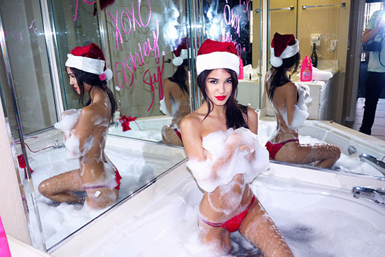 Ashley-Sky-Christmas-Photoshoot