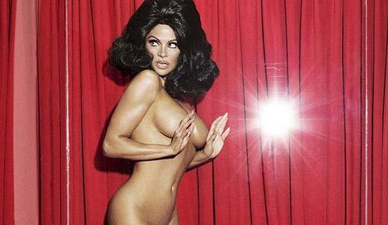 Pamela Anderson Naked
