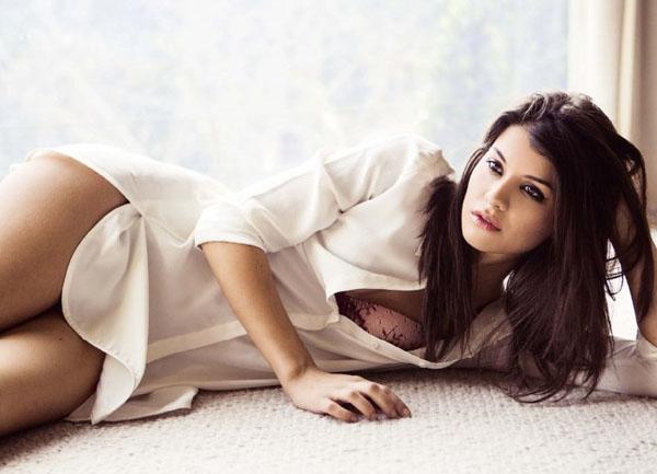 Sofia Black D'Elia sexy pics