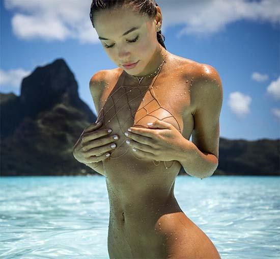 alexis-ren-naked