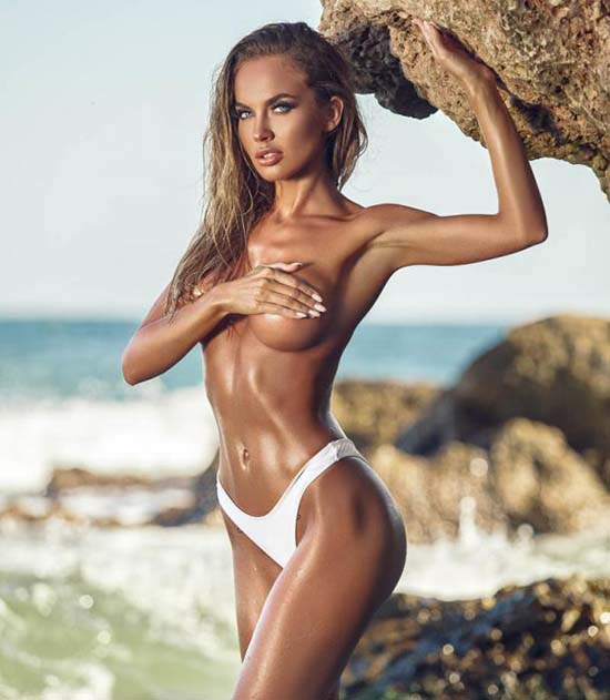monica_orlanda_topless