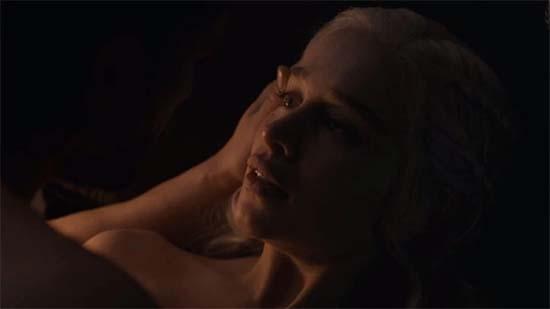 Daenerys Targaryen sex scene with Jon Snow