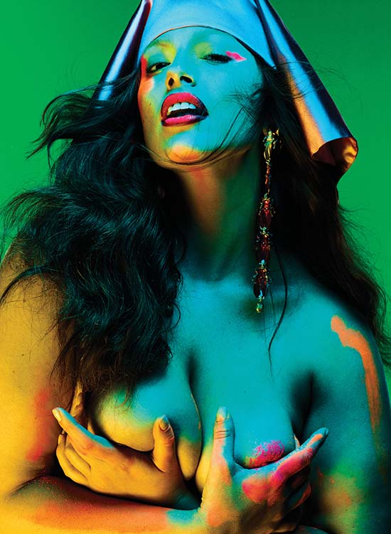 Ashley Graham V Magazine
