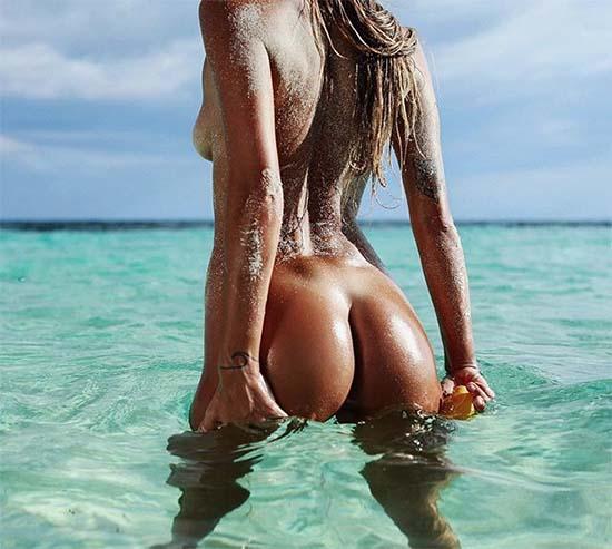 Kati Garnett Nude