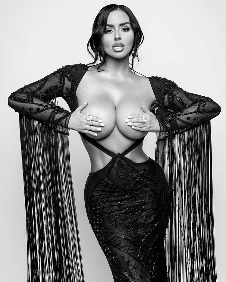 Abigail Ratchford Loves To Tease Us
